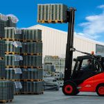 Linde Forklift with pallets