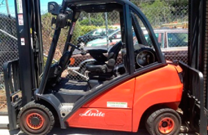 2.5 Tonne Linde forklift with 6500mm