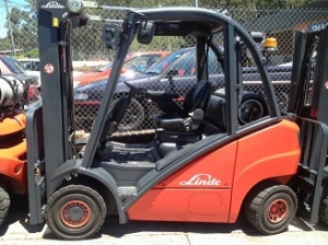 Refurbished Linde 2.5 forklift