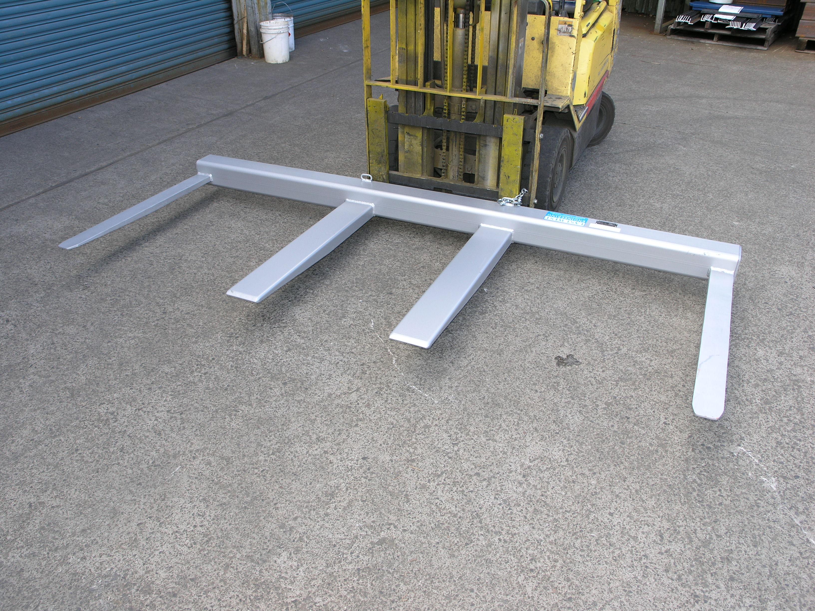 Fs2 5 Fork Spreader Forklift Attachment Forklogic